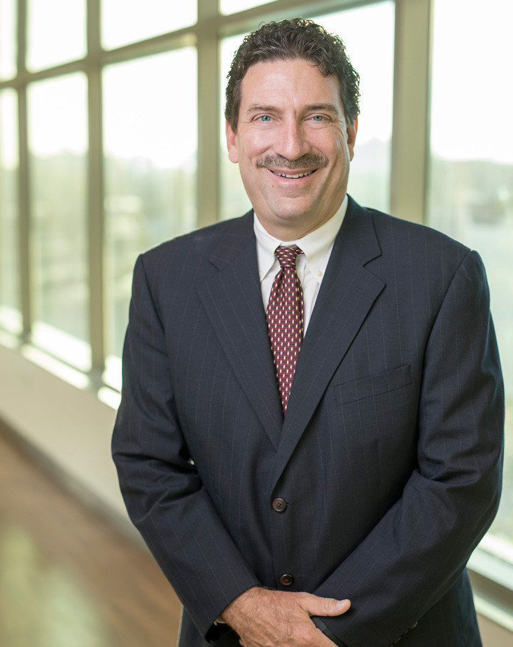 Dr. Robert E. Clendenin III MD - Orthopedic Physician in Tennessee