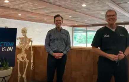 """The Doctor Is In"" with Dr. Gray C. Stahlman & Dr. R. David Todd - Healthy Lifestyles for the Spine"